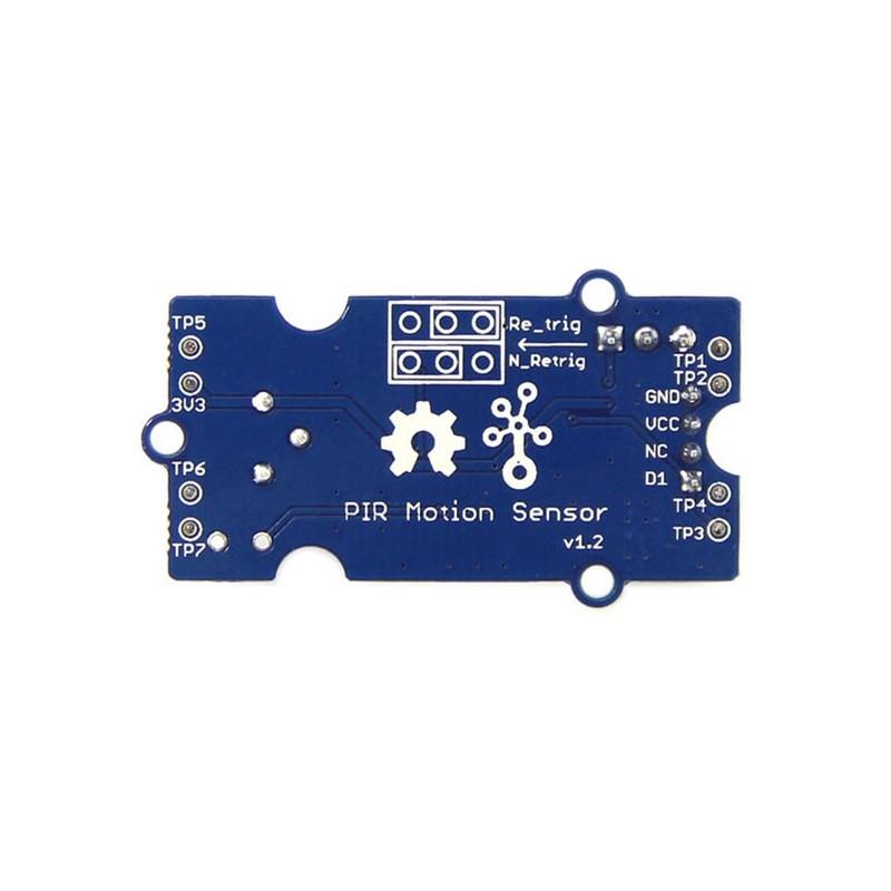 Sensor PIR de movimiento, conectar y listo.