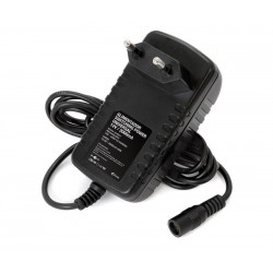ALM038 Alimentador 5V 2A electrónico universal