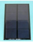 Paneles solares  y motores solares para practicas escolares